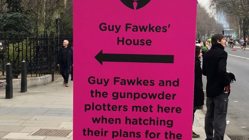 One of the many quirky fact signs to be found along the London Landmarks Half Marathon route
